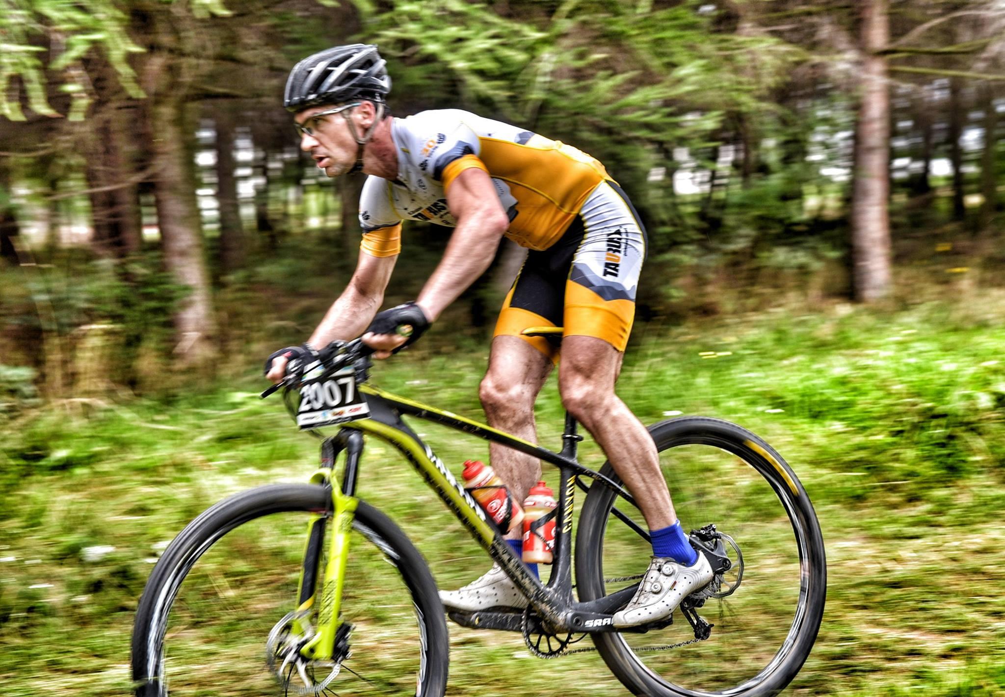 Taurus30 Cycling Team na podium Bike Atelier Maraton w Żarkach