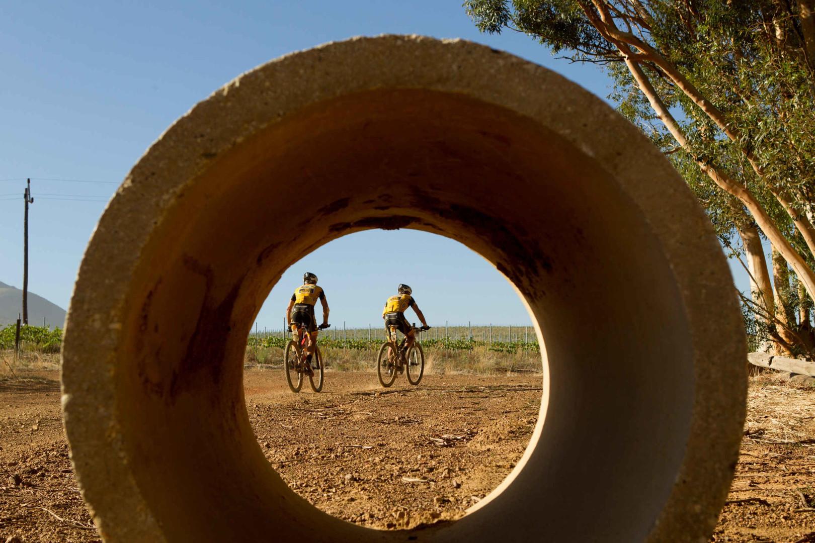 [KONKURS] Wybieramy najlepsze zdjęcie z V etapu ABSA Cape Epic