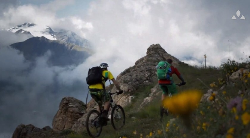 Haute Route: Life is a Pass [wideo]