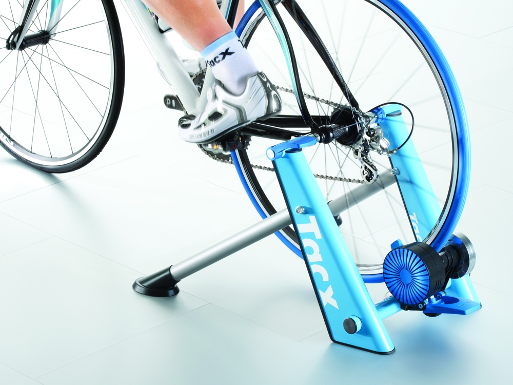 T2675_Tacx_Blue_Twist_trainer_back_1207_0