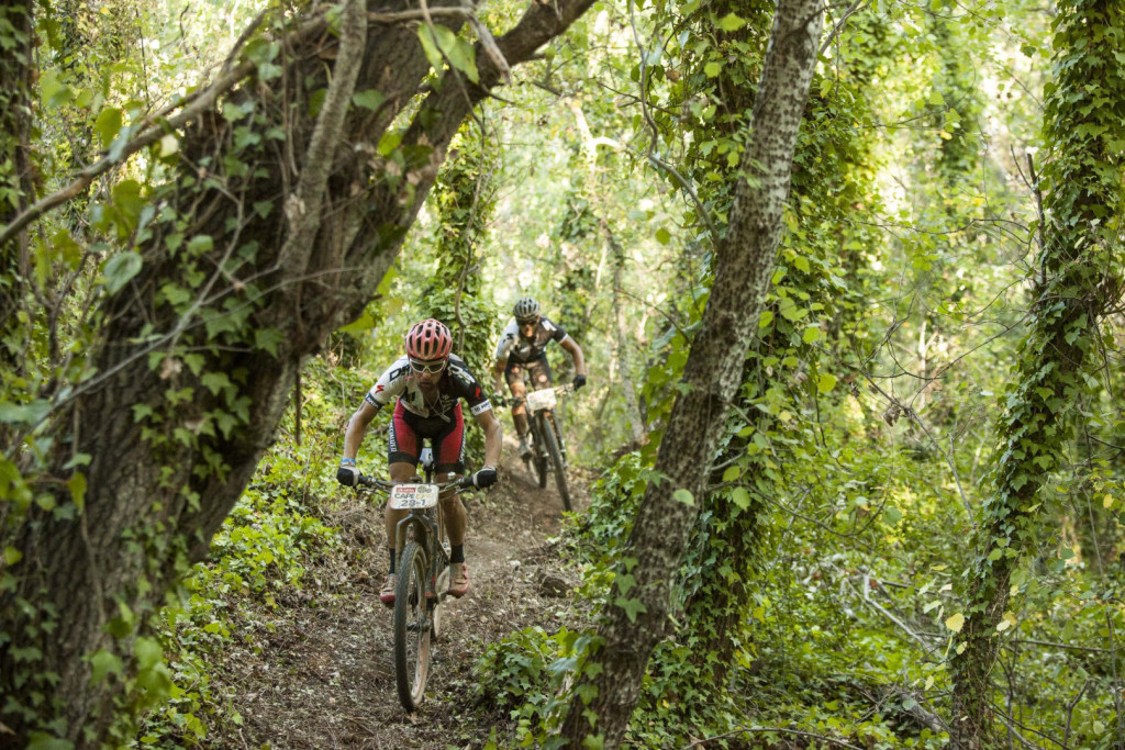 Galo Tamayo (front) Daniel Estenan Roura Burbano (R)  during stage 2 of the 2016 Absa Cape Epic Mountain Bike stage race from Saronsberg Wine Estate in Tulbagh, South Africa on the 15th March 2016Photo by Sam Clark/Cape Epic/SPORTZPICSPLEASE ENSURE THE APPROPRIATE CREDIT IS GIVEN TO THE PHOTOGRAPHER AND SPORTZPICS ALONG WITH THE ABSA CAPE EPIC{ace2016}