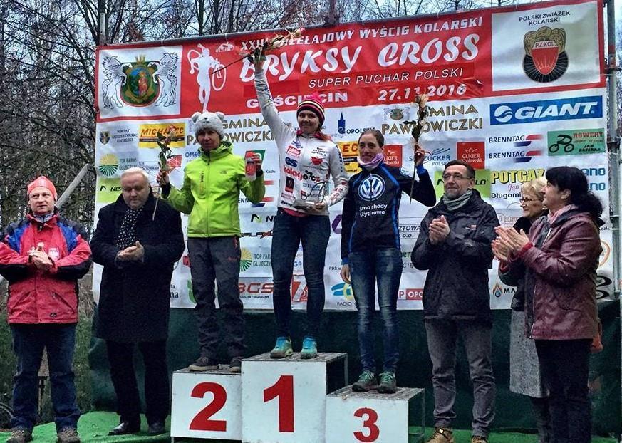 podium-bryksy-cross-gosciecin-katarina-mudrikova-magdalena-sadlecka-katarzyna-solus-miskowicz-11-2016