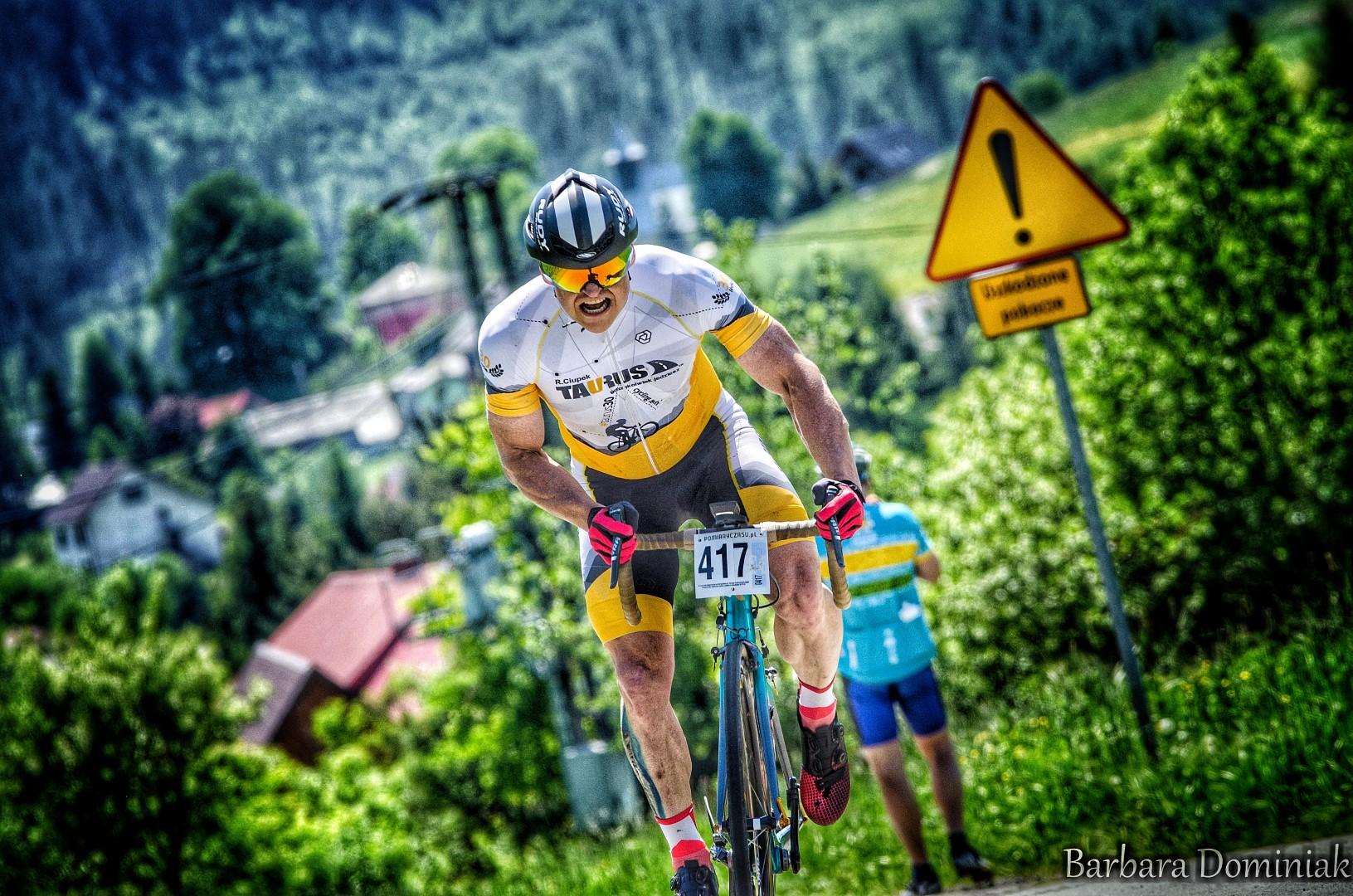 Podsumowanie górskiego i szosowego startowego weekendu przez Taurus30 Cycling Team