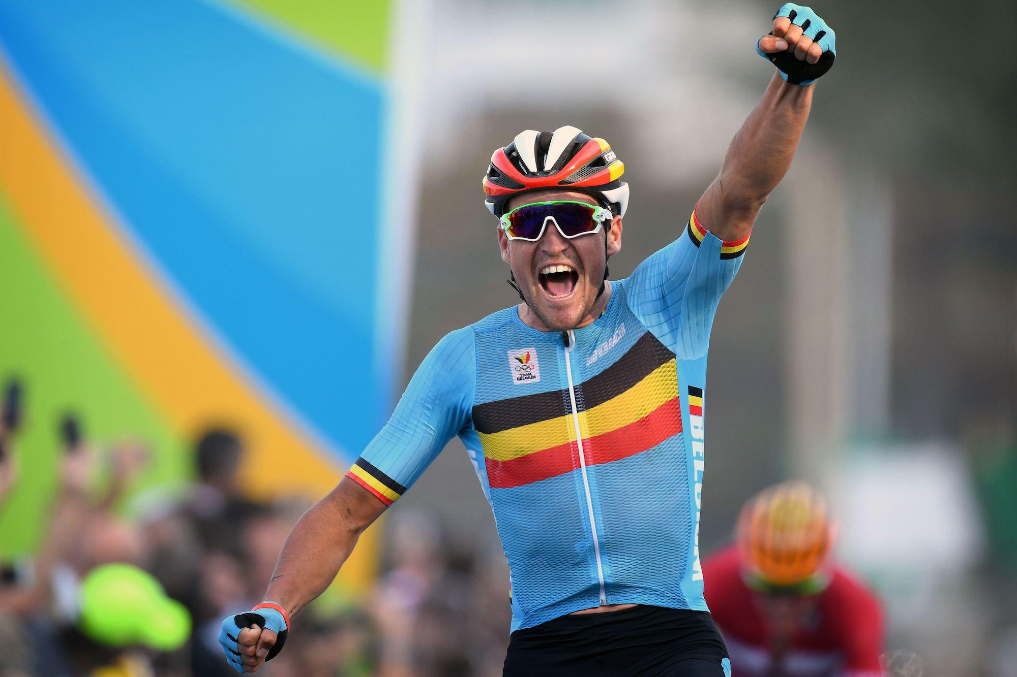 CCC w szosowym World Tour na rowerach Giant