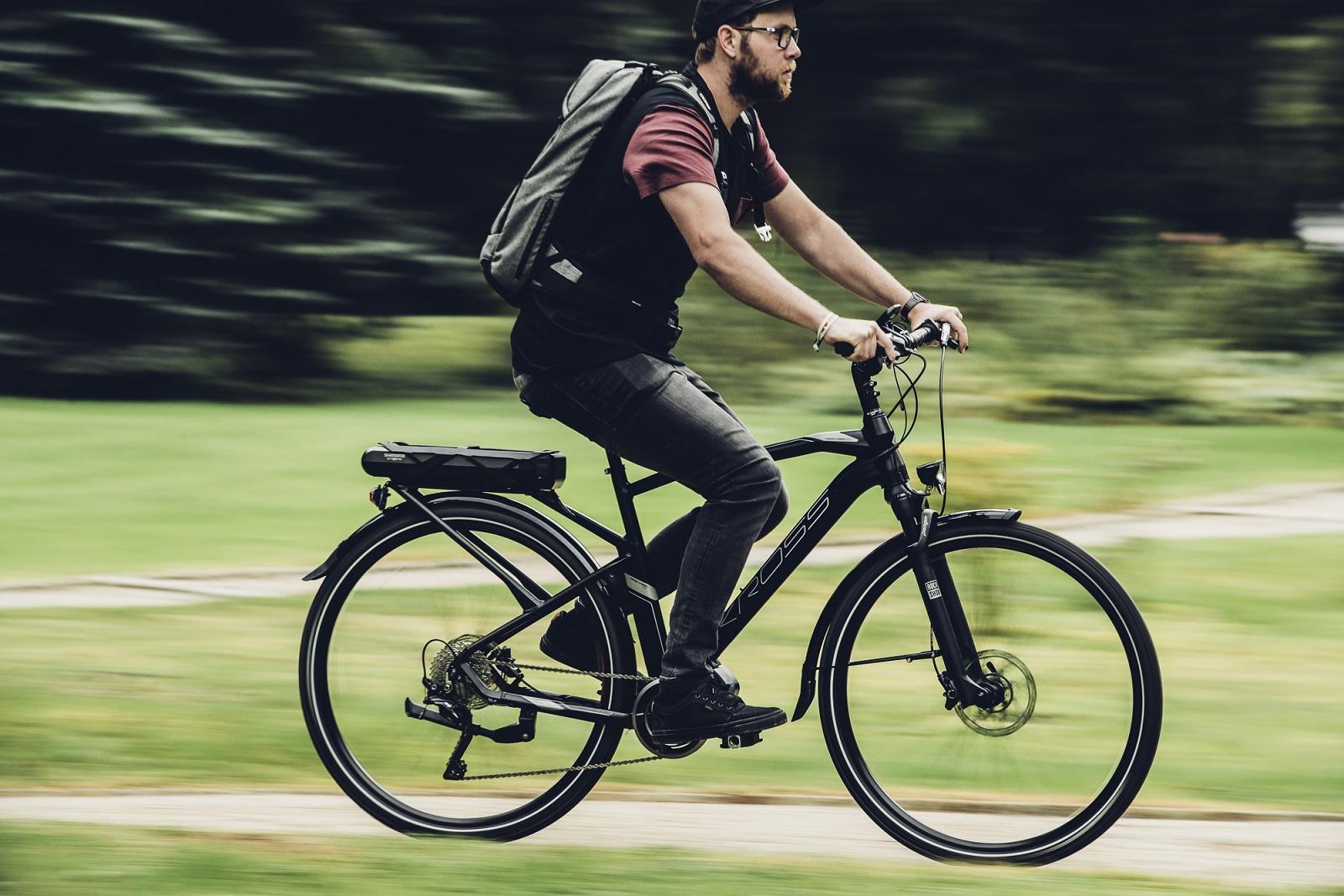 Włącz rower i sprawdź, jak lekko jedzie. KROSS zaprasza na testy eBike'ów