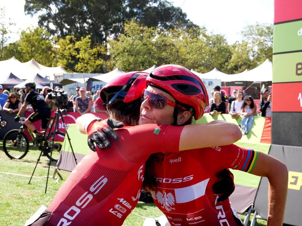 Absa Cape Epic: Trudny dzień walki zawodników Kross-Spur Racing