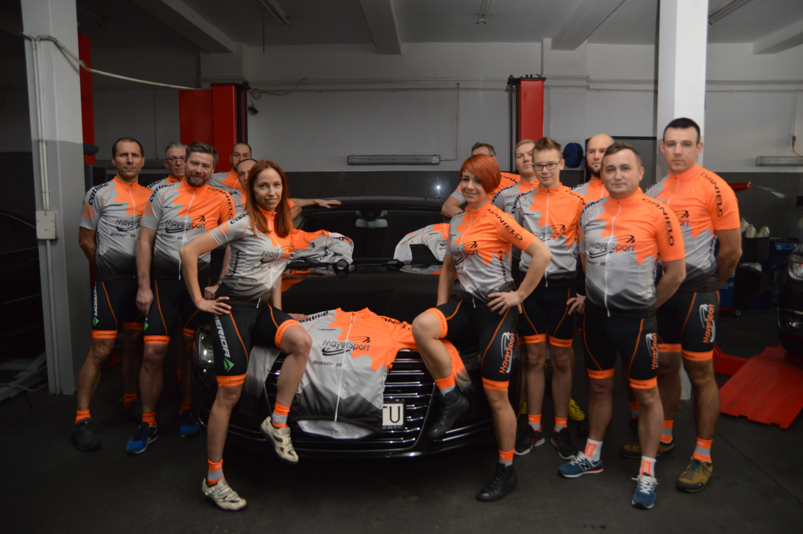 MAYERSPORT BokserskAutoserwis Bike Team 2017 2