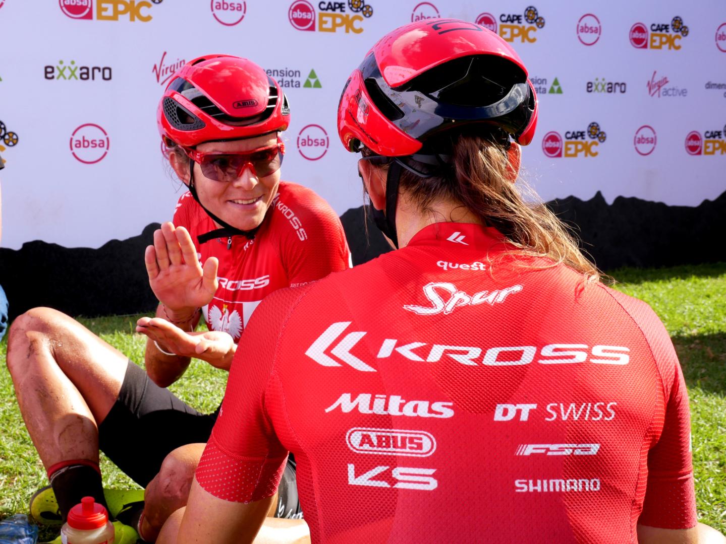 Maja Włoszczowska i Ariane Luthi znów na podium Absa Cape Epic