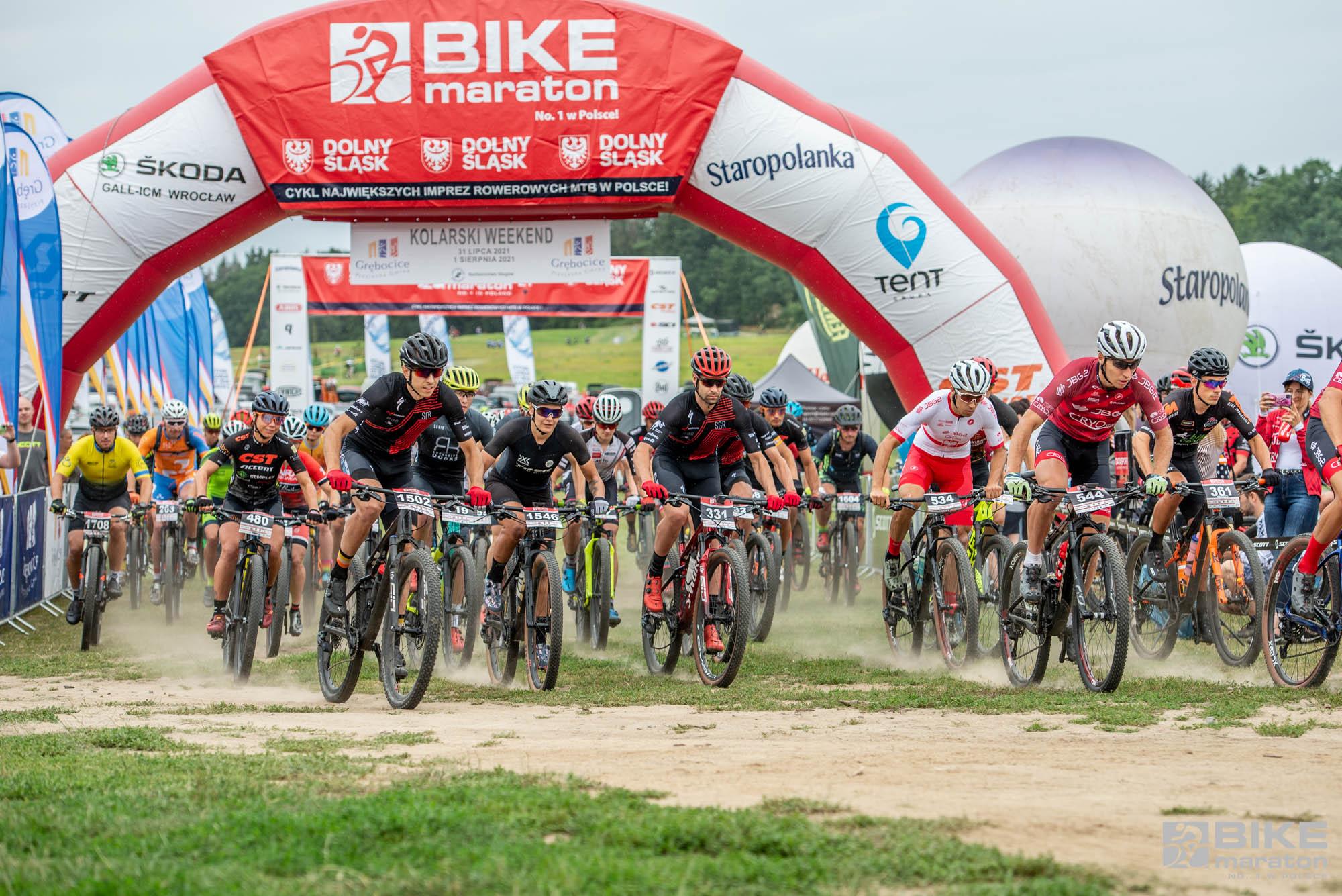 Adrian Brzózka wygrywa w Obiszowie. Bike Maraton jedzie do Kowar