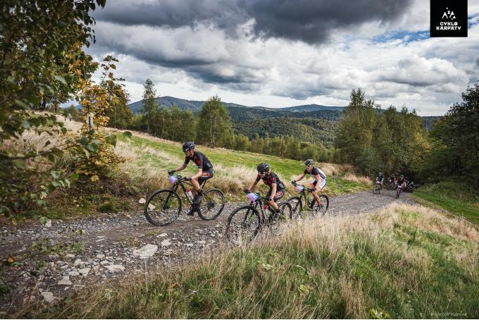 Zwycięskie Cyklokarpaty dla CST 7R MTB Team