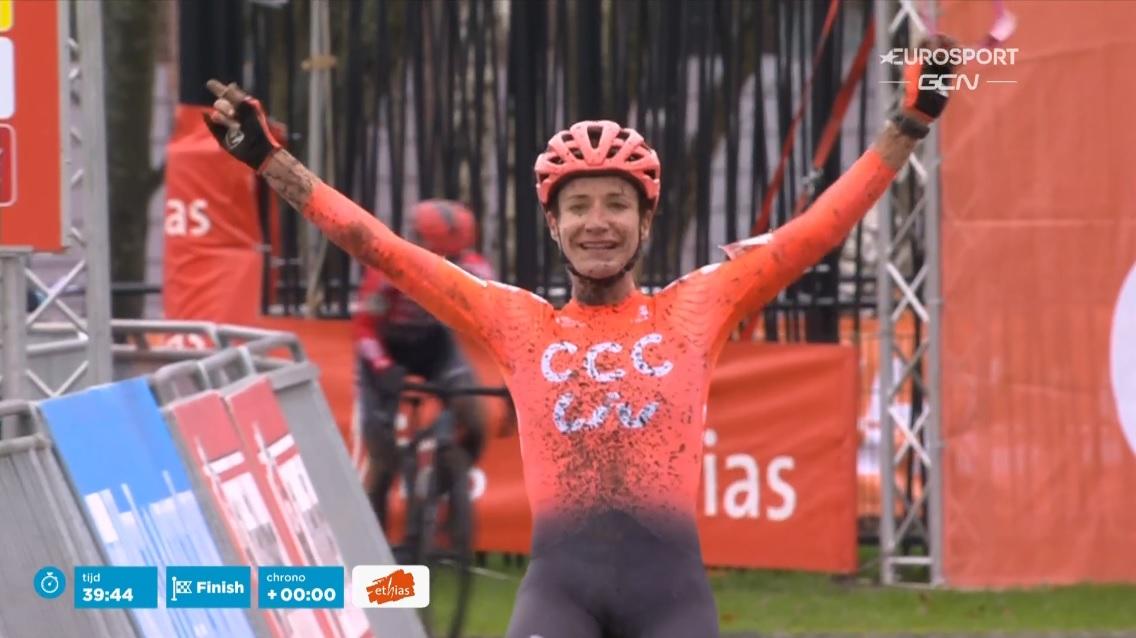 Marianne Vos (CCC Liv) wygraną w Essen wraca do kolarstwa przełajowego