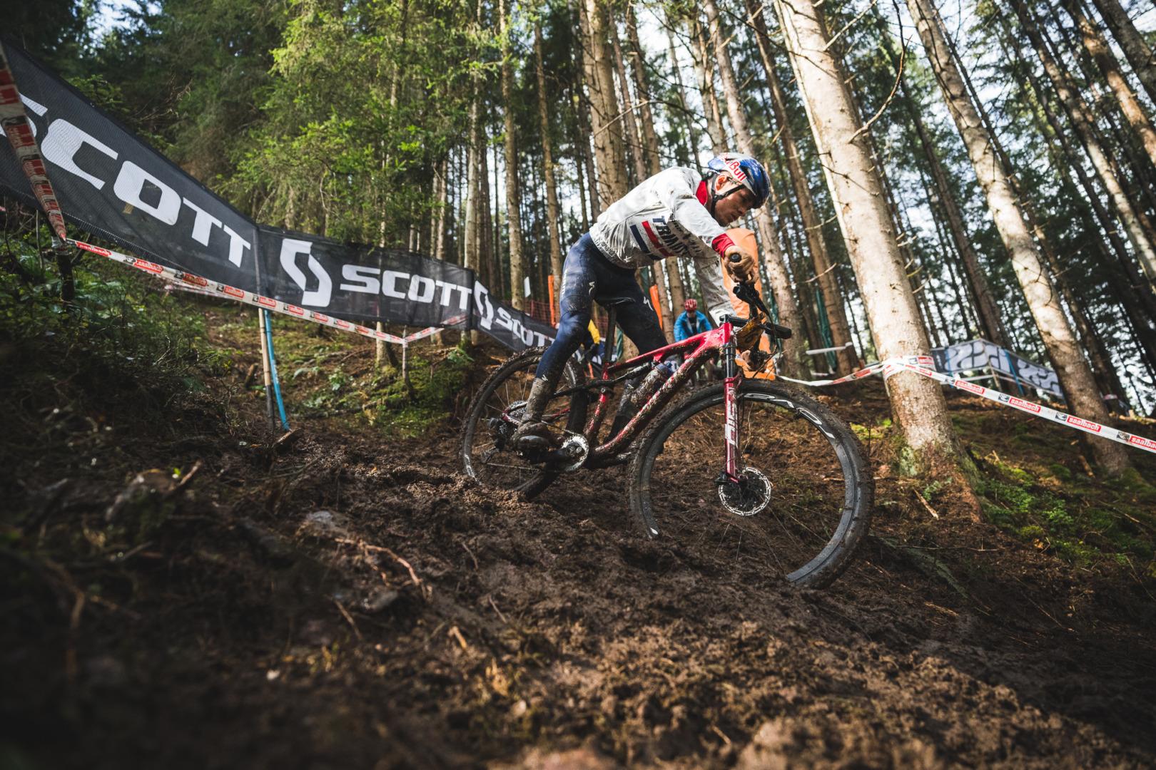 Pierwszy dzień Mistrzostw Świata w kolarstwie górskim 2020 dla Francji i Wielkiej Brytanii