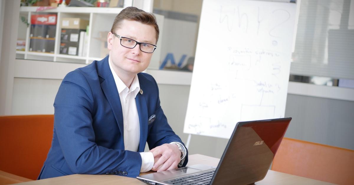 Łukasz Gugałka (Lookas): Strona internetowa jest jak elegancki garnitur