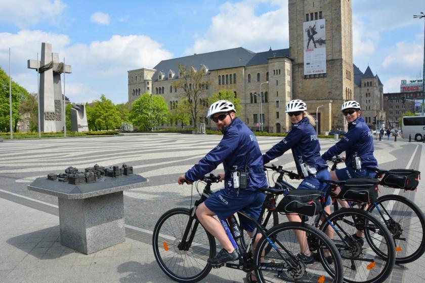 policja poznań na rowerach kross (1)
