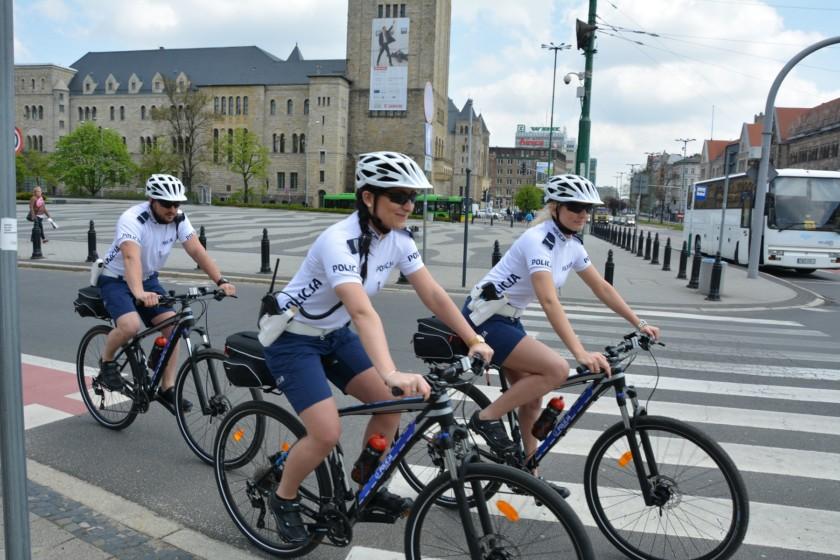 policja poznań na rowerach kross (3)