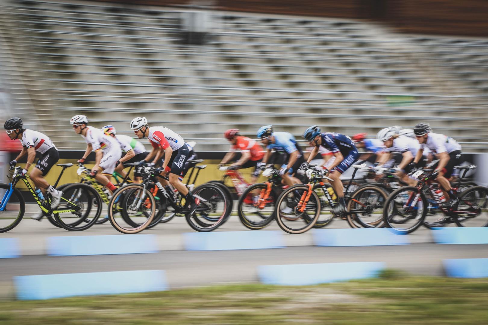 Osiemnastka biało-czerwonych na starcie | Puchar Świata MTB XCO, Nove Mesto na Morave