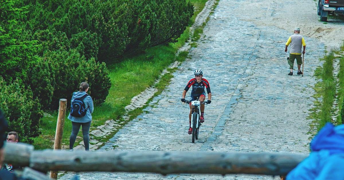 Radosław Kozal (FTI Racing Team) – Rowerem na Szrenicę, Szklarska Poręba