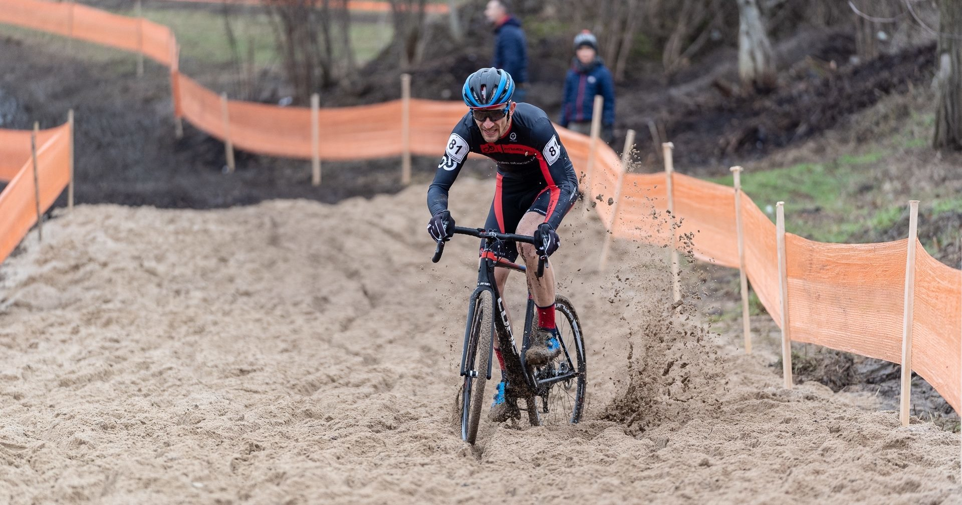 ♛ Szczepan Paszek (fitwheels.eu bikestacja.pl) ponownie Mistrzem Polski Masters w kolarstwie przełajowym