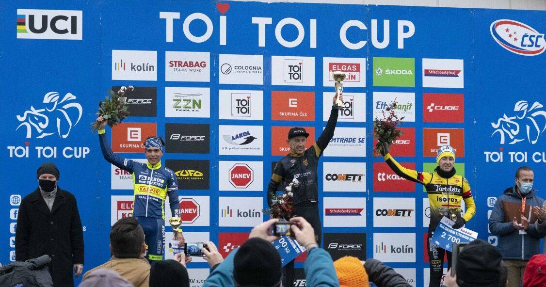 Marek Konwa wygrywa zawody przełajowe Toi Toi Cup (UCI C2) w czeskim Kolinie